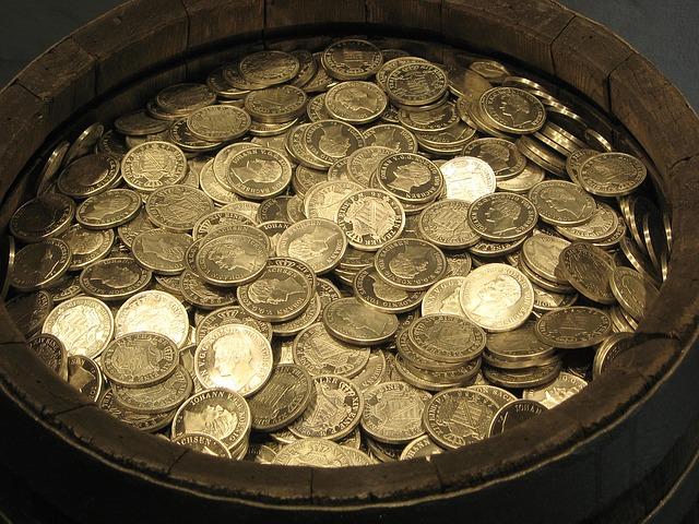 Earn Extra Bitcoin with CryptoAddicted